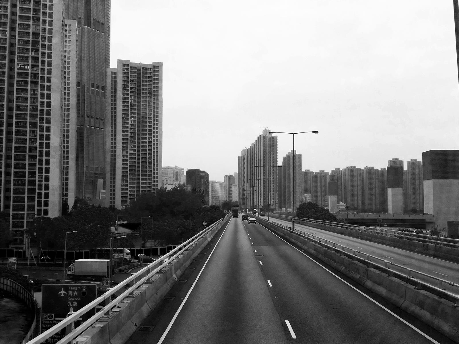 B / W – Hong Kong